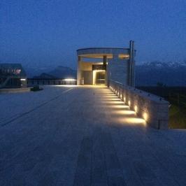 Rigi Kaltbad (LU) : Le téléphérique bénéficie d'un bel éclairage nocturne.